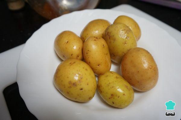 Receta de Costillas adobadas con patatas al horno - Paso 3