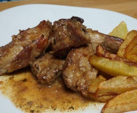 Receta de Costillas de cerdo en salsa de vino blanco
