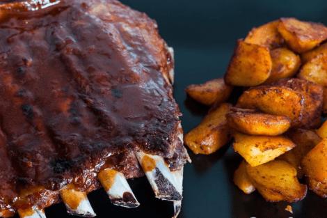 Costillas de Cerdo con Salsa Barbacoa